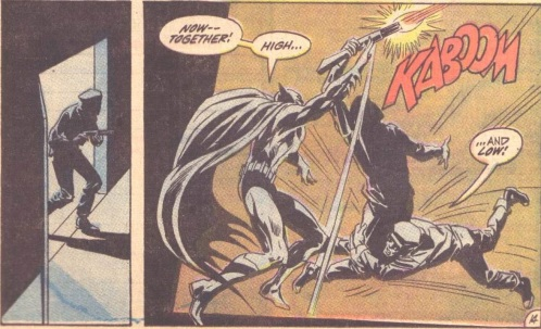 Batman230-19